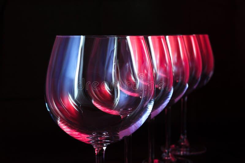 De glazen van de nachtclubwijn stock foto
