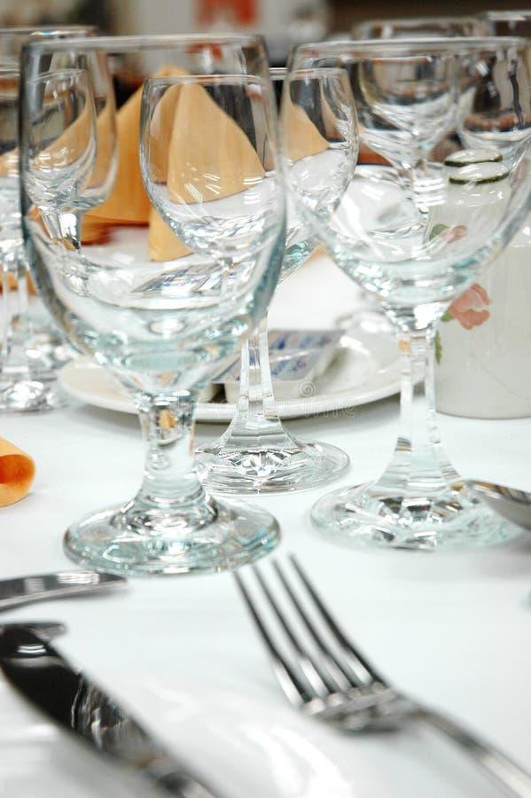 De glazen van de wijn stock foto's