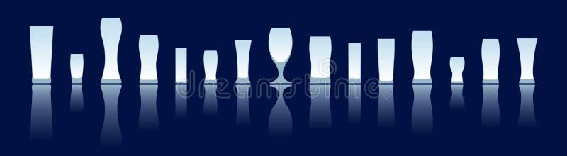De glazensilhouetten van het bier vector illustratie