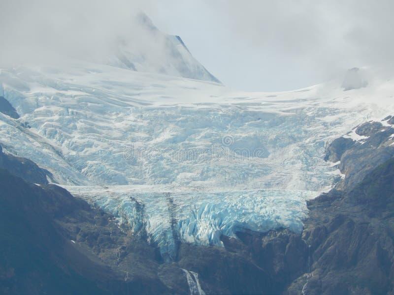 De gletsjer van de bergtop royalty-vrije stock afbeeldingen