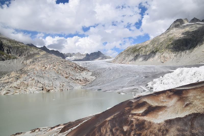 De Gletsjer van de Rhône in de zomer royalty-vrije stock afbeelding