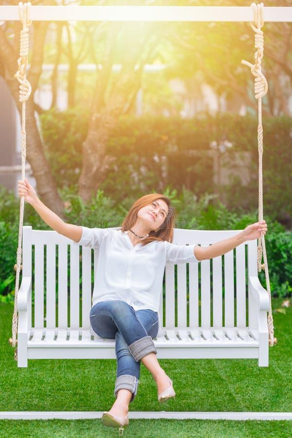 De glimlach geniet van ontspant gezond goed het levensconcept royalty-vrije stock foto