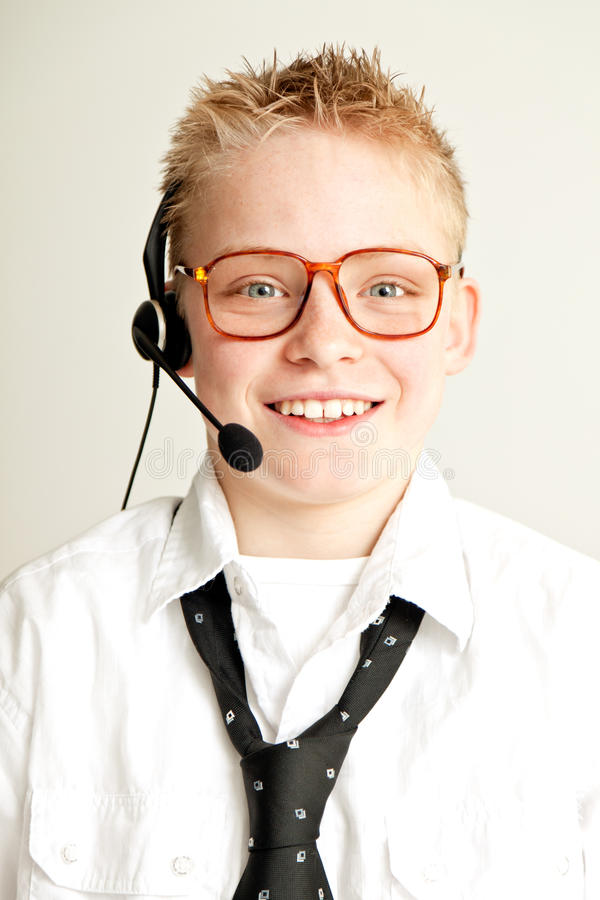 De glimlachende Jongen kleedde zich als Zakenman met Hoofdreeks royalty-vrije stock fotografie