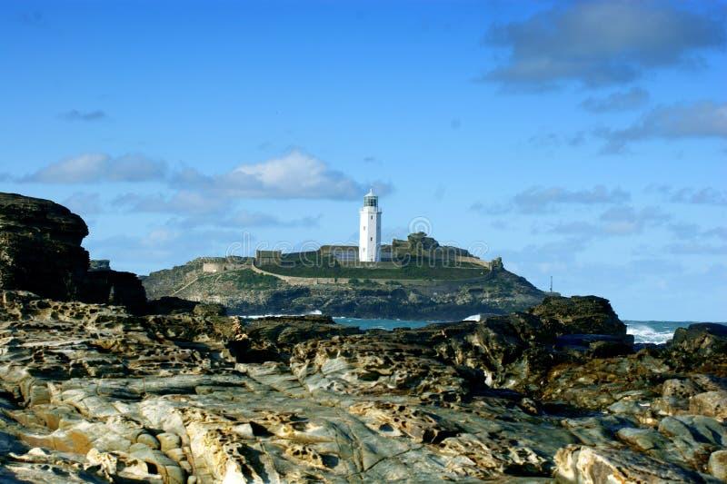 """De Godrevyvuurtoren werd gebouwd in 1858†""""1859 op Godrevy-Eiland in St Ives Bay, Cornwall stock fotografie"""