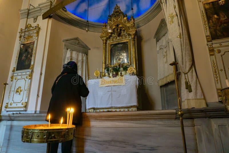 De Godsdienstconcept van de vrouwen Bevindend Kerk royalty-vrije stock afbeeldingen