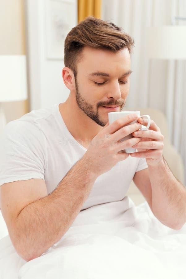 De goedemorgen begint van koffie royalty-vrije stock afbeelding