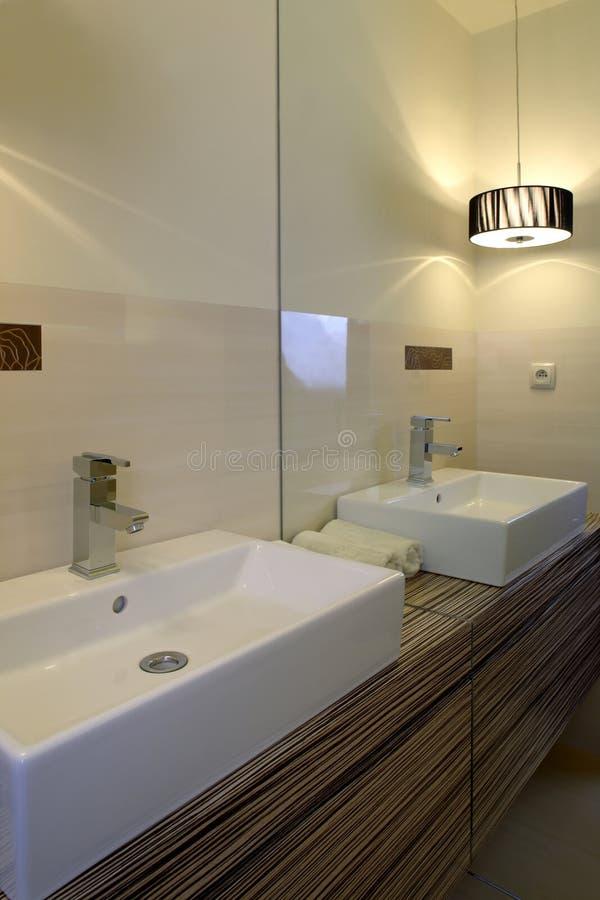 De gootsteen van de badkamers royalty-vrije stock afbeelding