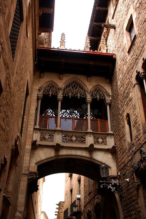 De gotische bouw stock afbeeldingen