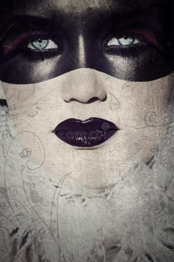 De gotische gemaskeerde schoonheid van Grunge royalty-vrije stock foto's