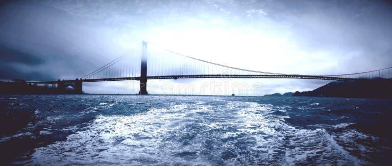 De gouden brug van de staat royalty-vrije stock afbeeldingen