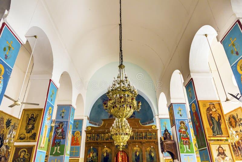 De gouden Kerk Madaba Jordanië van Heilige George ` s van Pictogrammenfresko's royalty-vrije stock fotografie