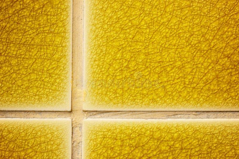 De gouden tegel van de barsttextuur royalty-vrije stock fotografie