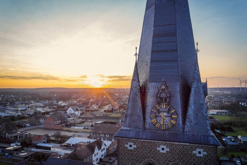 De gouden toren van de uurkerk royalty-vrije stock foto