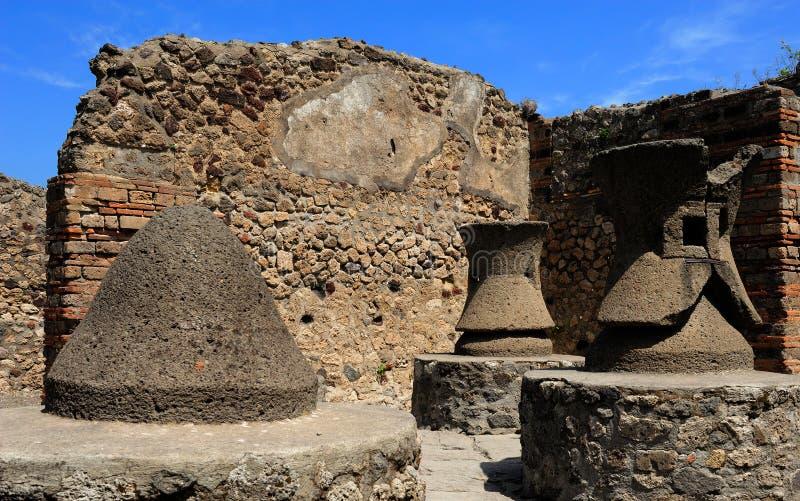 De graanmolens in Pompei royalty-vrije stock afbeeldingen