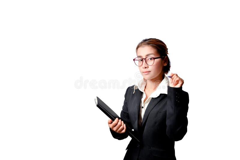 De grafiek en de pen van de bedrijfsvrouwenholding royalty-vrije stock fotografie