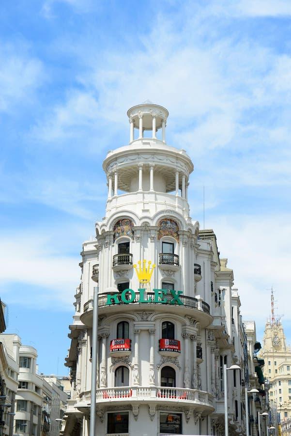 De grasrijke Bouw in Gran Vía, Madrid, Spanje royalty-vrije stock fotografie