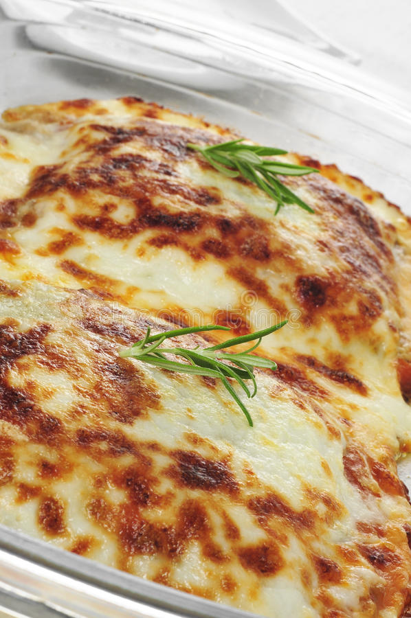 De gratin van lasagnaau stock foto's