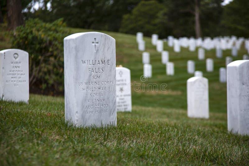 De graven van de begraafplaatsoorlog stock foto's