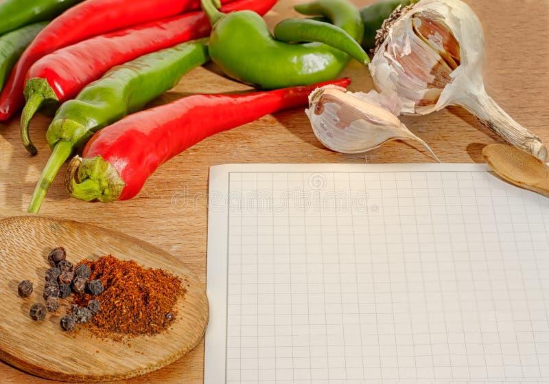 De grens van groenten en van kruiden stock fotografie