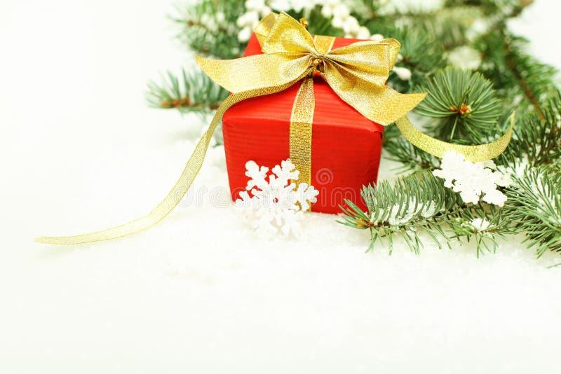 De grens van Kerstmis - de boom van Kerstmis en sneeuwvlok stock afbeeldingen