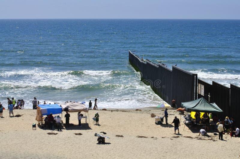De grensomheining van Tijuana stock foto