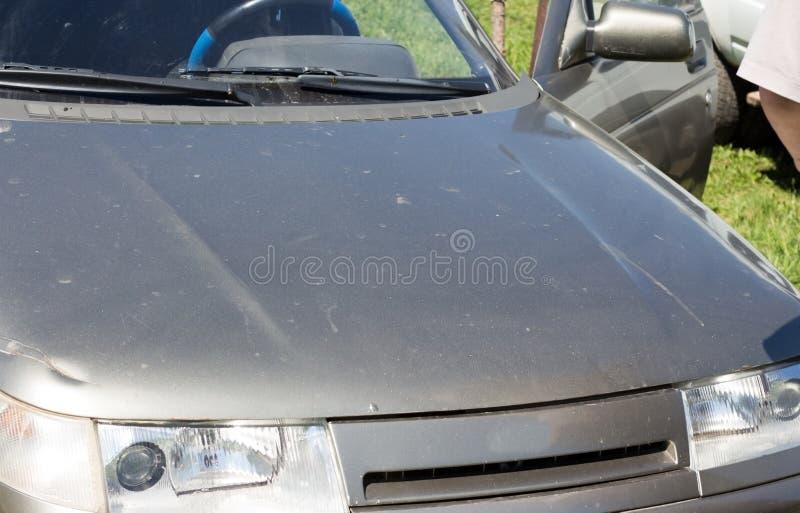 De grijze samenvatting van de autokap stock afbeeldingen