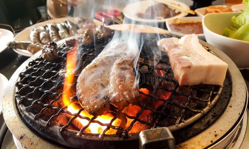 De grill van het barbecuevarkensvlees royalty-vrije stock afbeelding