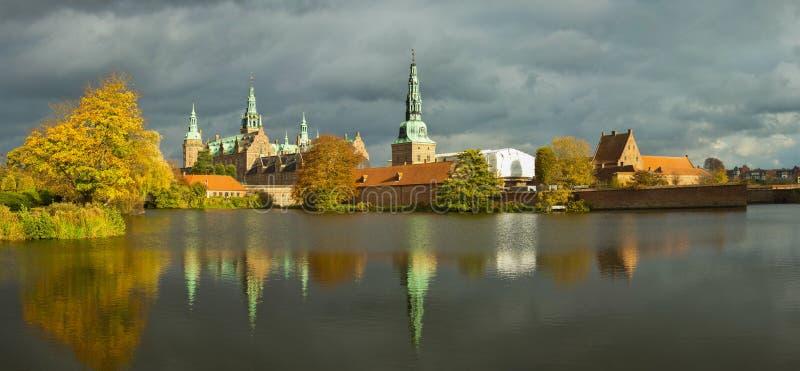 De groef van Frederiksborg in Hilleroed stock afbeeldingen