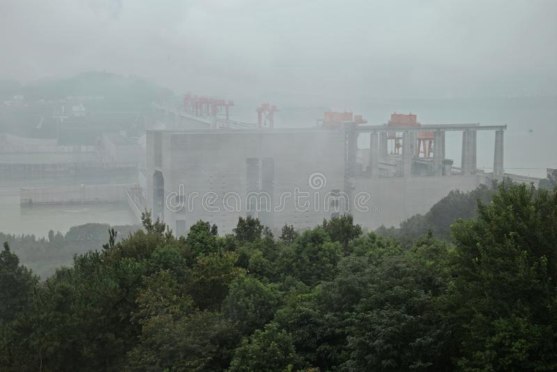 De Grootste Waterkrachtcentrale in de Wereld - Drie Klovendam op Yangtze-rivier in China royalty-vrije stock foto's