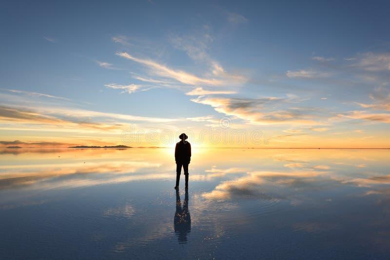 De grootste zoute vlakte van de wereld, Salar de Uyuni in Bolivi? stock foto