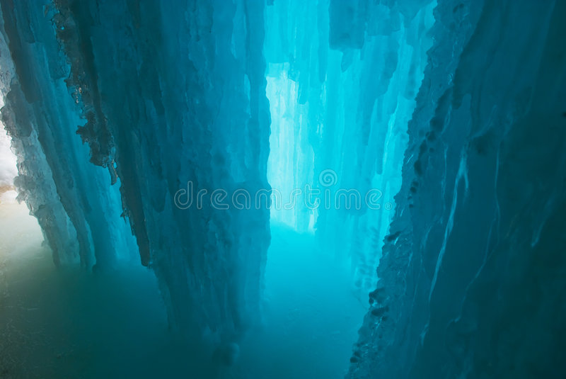 De grot van het ijs stock foto