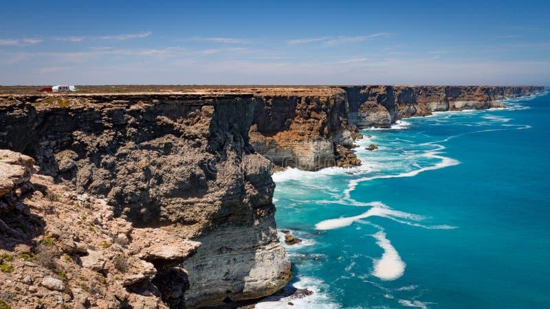 De Grote Australische Bocht op de Rand van de Nullarbor-Vlakte stock foto