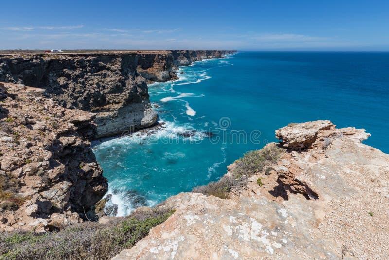 De Grote Australische Bocht op de Rand van de Nullarbor-Vlakte stock afbeelding