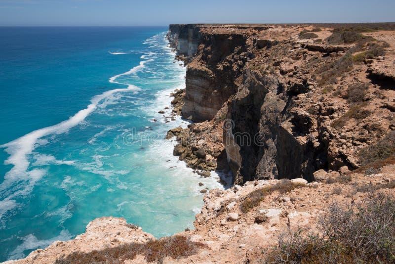 De Grote Australische Bocht op de Rand van de Nullarbor-Vlakte stock afbeeldingen