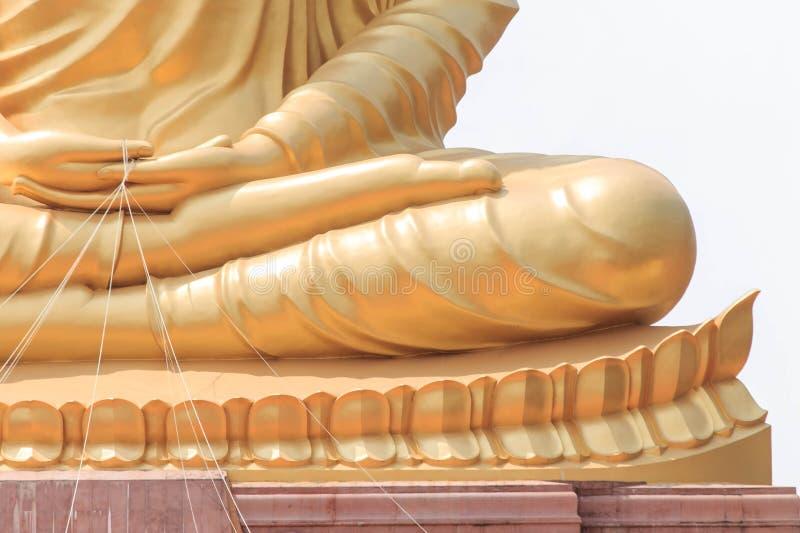 De grote beeldspraak van Boedha in Ubonratchathani, Thailand stock afbeelding