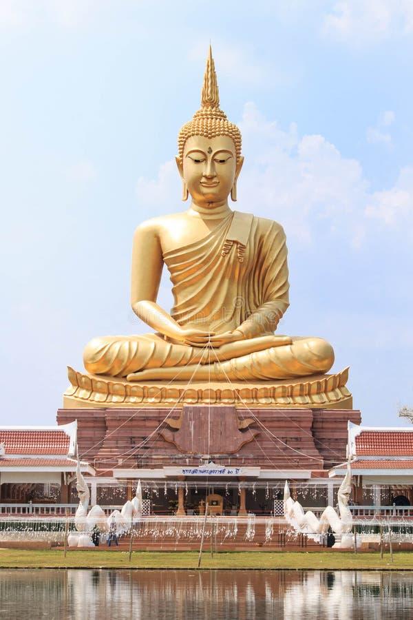 De grote beeldspraak van Boedha in Ubonratchathani, Thailand royalty-vrije stock foto