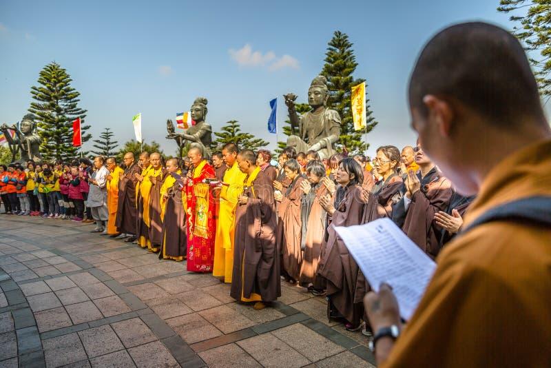 De grote gelovige mensen van Boedha stock foto