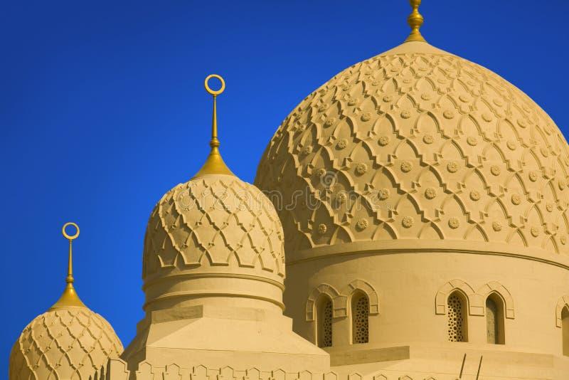 De grote jumeirahmoskee in Doubai royalty-vrije stock afbeelding