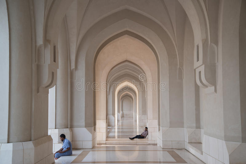 De Grote Moskee van Qaboos van de sultan in Muscateldruif royalty-vrije stock afbeelding