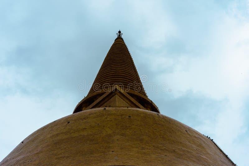 De Grote pagode van Phrapathom Chedi, de Provincie van Nakhon Pathom, Thailand royalty-vrije stock fotografie
