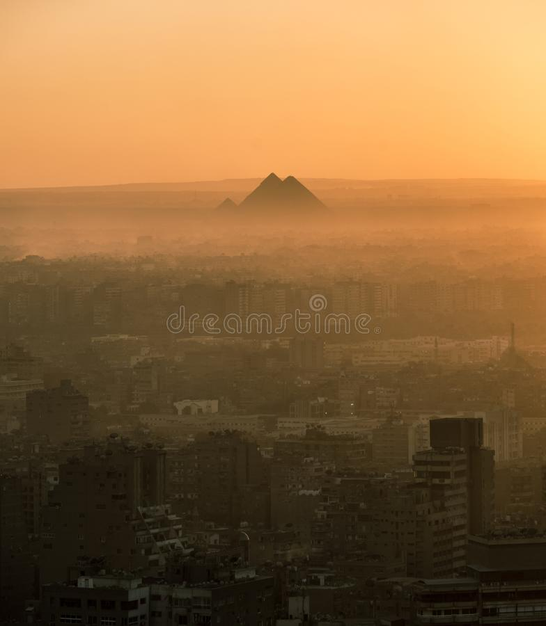 De grote Piramide van Giza en Sfinx, Kaïro, Egypte stock afbeeldingen