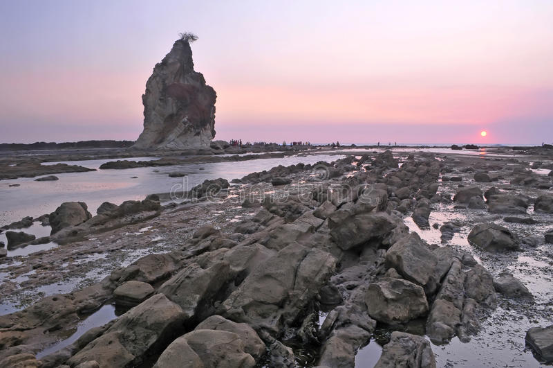 De grote rots van Sawarna royalty-vrije stock afbeeldingen