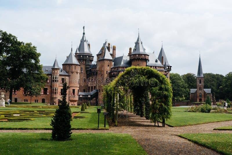 De Haar Castle är den största slotten i Nederländerna fotografering för bildbyråer