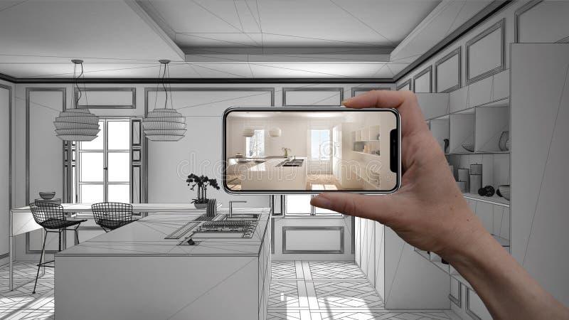 De hand die slimme telefoon, de toepassing van AR houden, simuleert meubilair en binnenlandse ontwerpproducten in echt huis, het  stock afbeeldingen