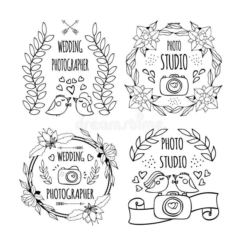 De hand drog beståndsdelarna som skapar ett logofotografi royaltyfri illustrationer