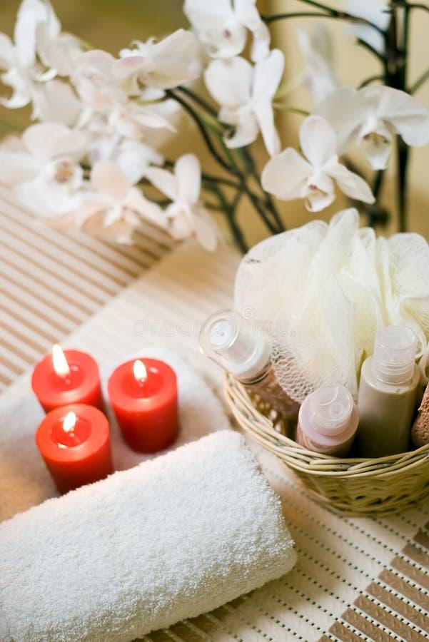 De handdoek en de kaarsen van het kuuroord