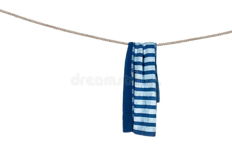De handdoek van het strand op kabel stock afbeelding