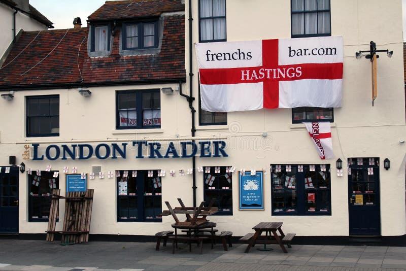 De Handelaar ` van ` Londen - een oud maar zeer populair café in de Oude Stad van Hastings, Oost-Sussex, Engeland royalty-vrije stock afbeelding