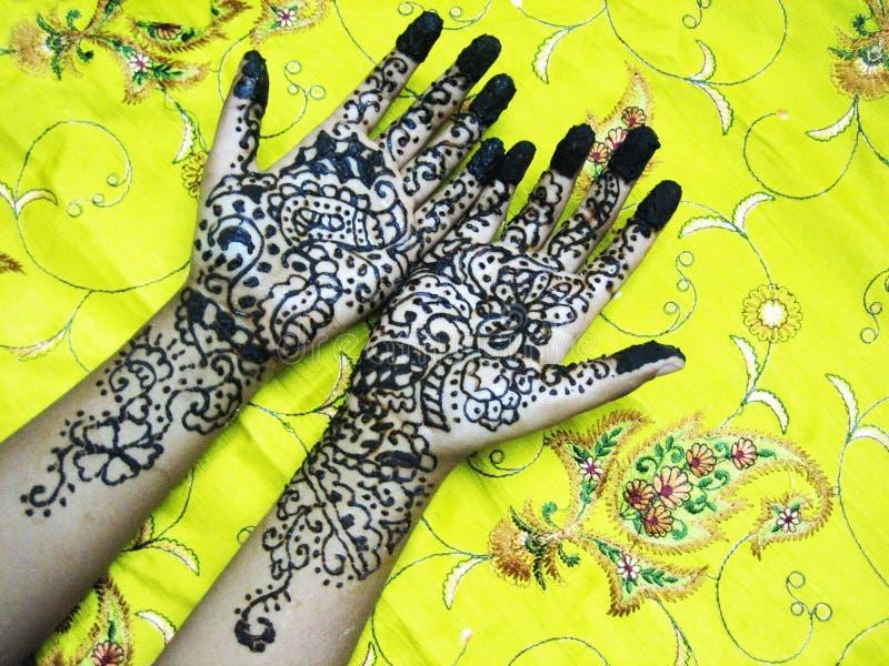 De handen van de henna royalty-vrije stock foto's