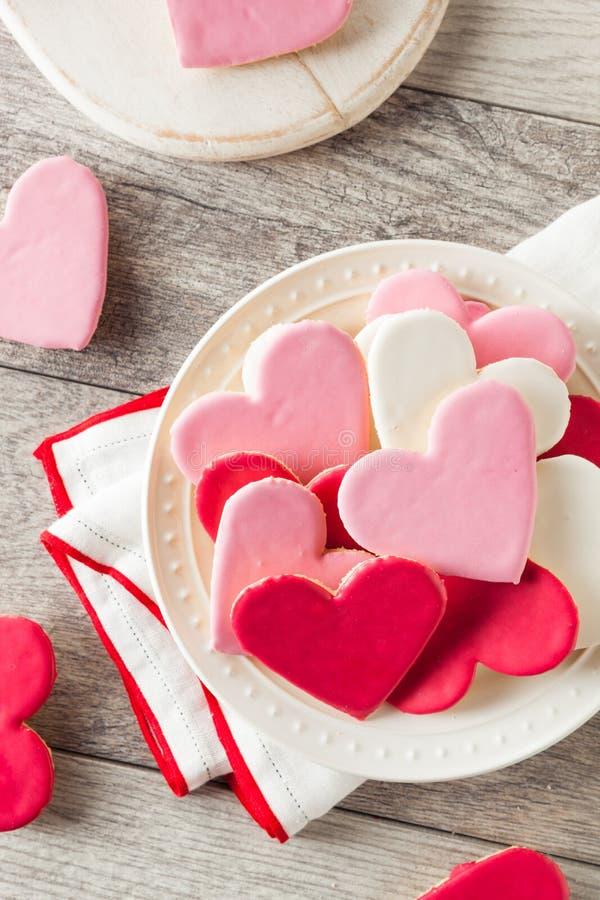 De hart Gestalte gegeven Dag Sugar Cookies van Valentine stock afbeelding